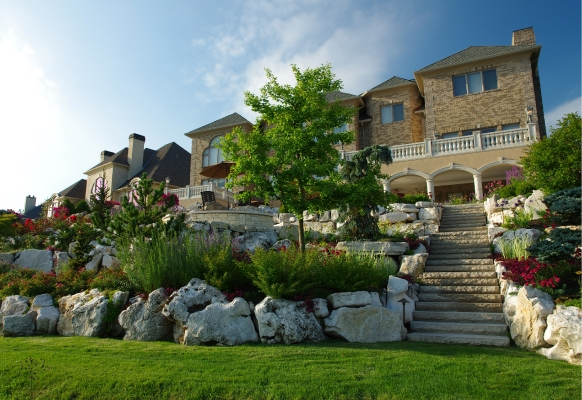 2017 Hardscape Residential Design/Build Over $50,000, Smalls Landscaping U2022  Project: Private Residence